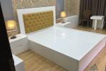 Giường MDF sơn trắng đầu giường bọc nệm nhà Anh Dương, Lái Thiêu