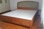 Giường ngủ gỗ Sồi có ngăn kéo nhà Anh Hoành, Quận 8, TPHCM