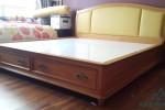 Giường có hộc tủ bằng gỗ Sồi Mỹ tự nhiên nhà Anh Phương, Quận 2, TPHCM