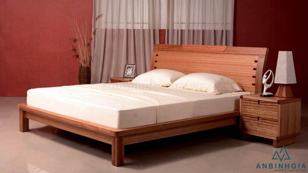 Giường làm bằng gỗ Xoan Đào - GTN 43
